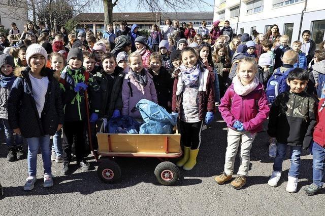 Schüler machen Dorfputzete in Friesenheim