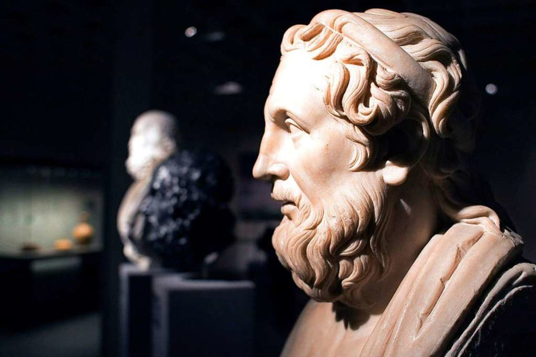Eine Marmorbüste Homers, eine römische...rühen dritten Jahrhundert vor Christus  | Foto: dpa