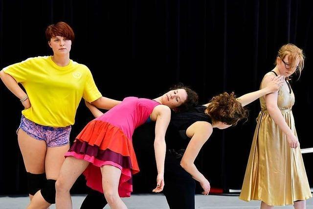 Wieso Laien vom Theater Freiburg für nur einen Zuschauer tanzen
