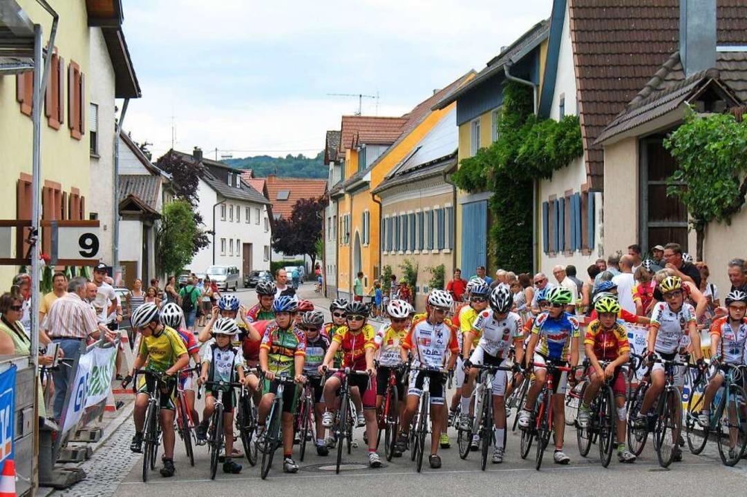 Bei Jugend-Rennen dünnen die  Startreihen zunehmend aus.  | Foto: Hans-Walter Neunzig