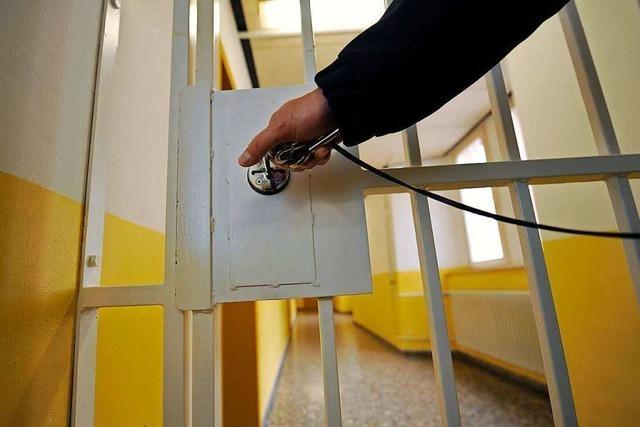 26-Jähriger nach Messerattacke in Schramberger Rathaus in Haft