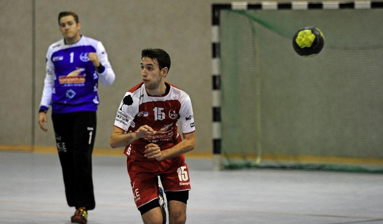<BZ-FotoAnlauf>HSG Ortenau Süd: </BZ-FotoAnlauf>Brian Ruf  passt den Ball.   | Foto:  Pressebüro Schaller