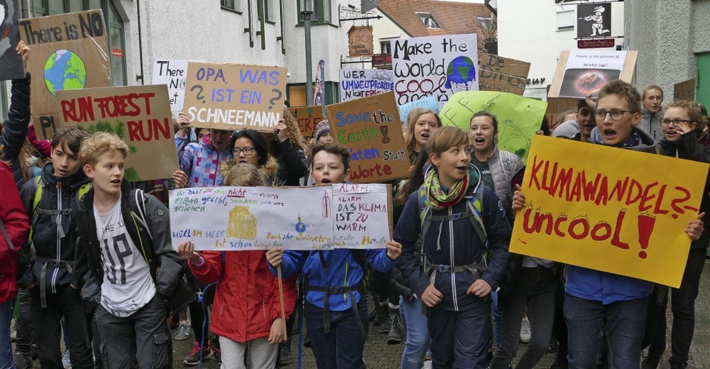 Vor einer Woche zogen Jugendliche bei ...0;-Demonstration durch Bad Säckingen.   | Foto: Keller
