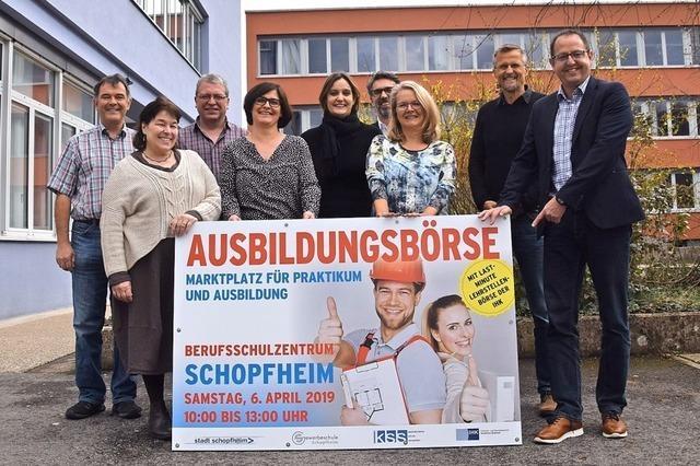 Bei der Ausbildungsbörse in Schopfheim werben Unternehmen um Azubis