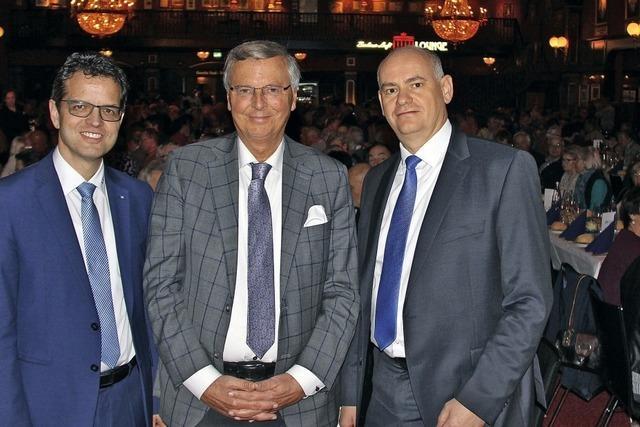Bosbach begeistert 600 Zuhörer beim Handwerker-Forum