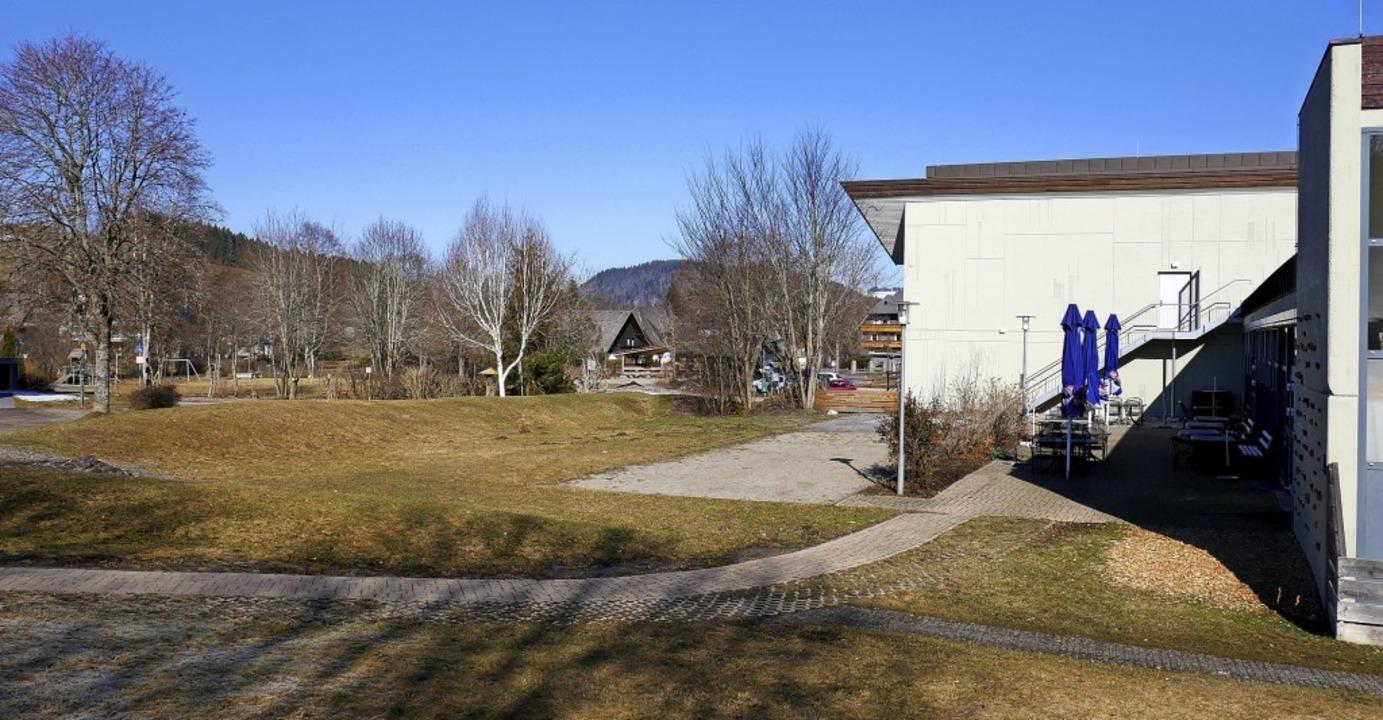 Von der Kurhausterrasse (rechts) soll ...ürf des Planers für den neuen Kurpark.    Foto: Eva Korinth