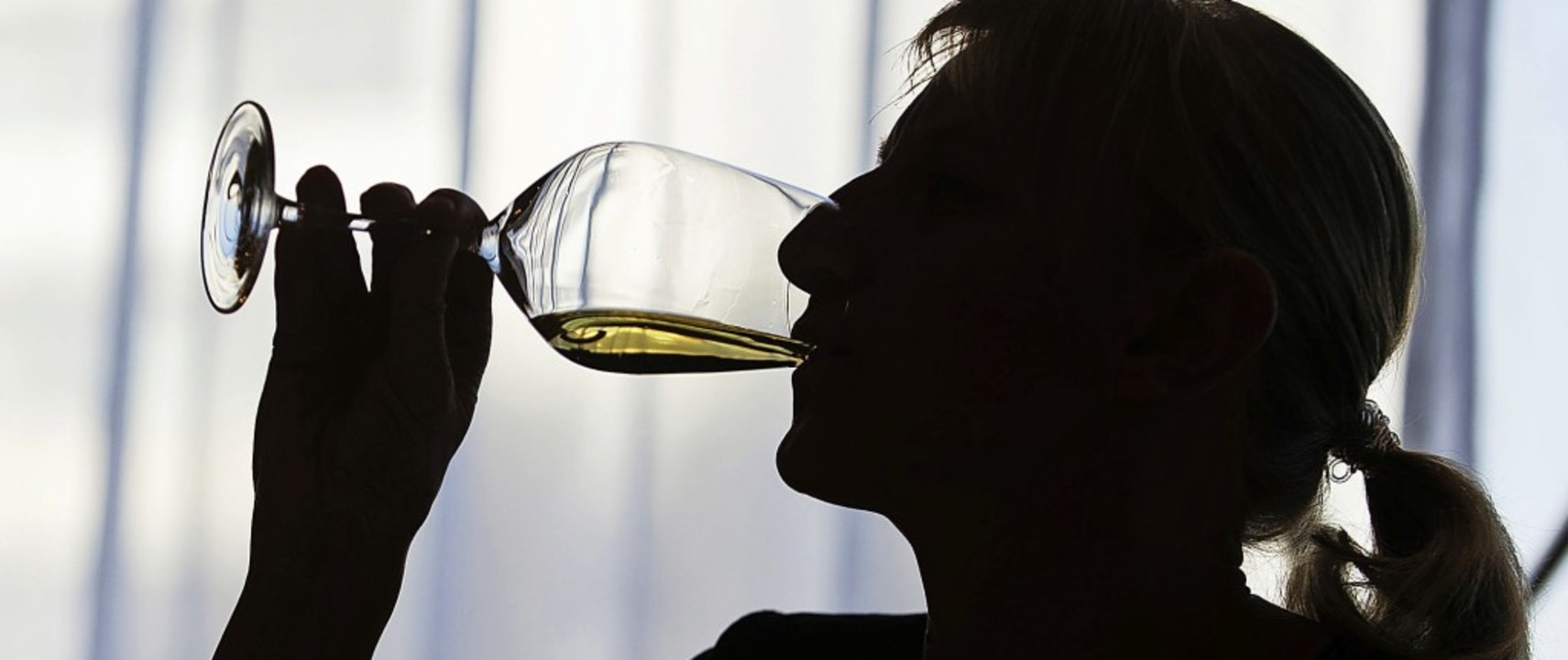 Um den Weinkonsum anzukurbeln, sollen ...n der gemeinsamen Werbung beteiligen.   | Foto: dpa