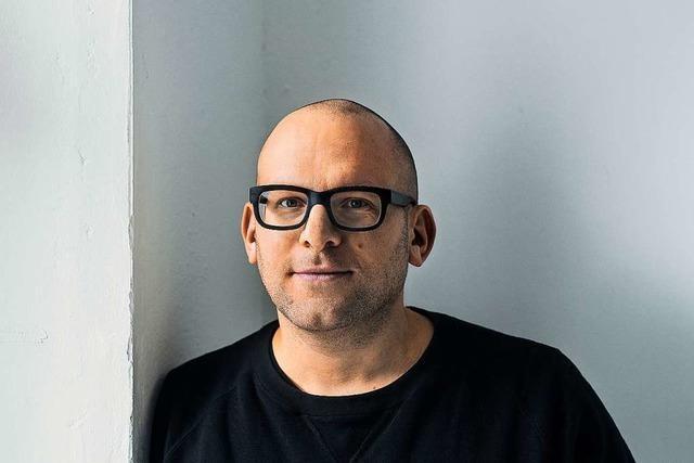 Journalist Roland Schulz stellt sein Buch über das Sterben vor