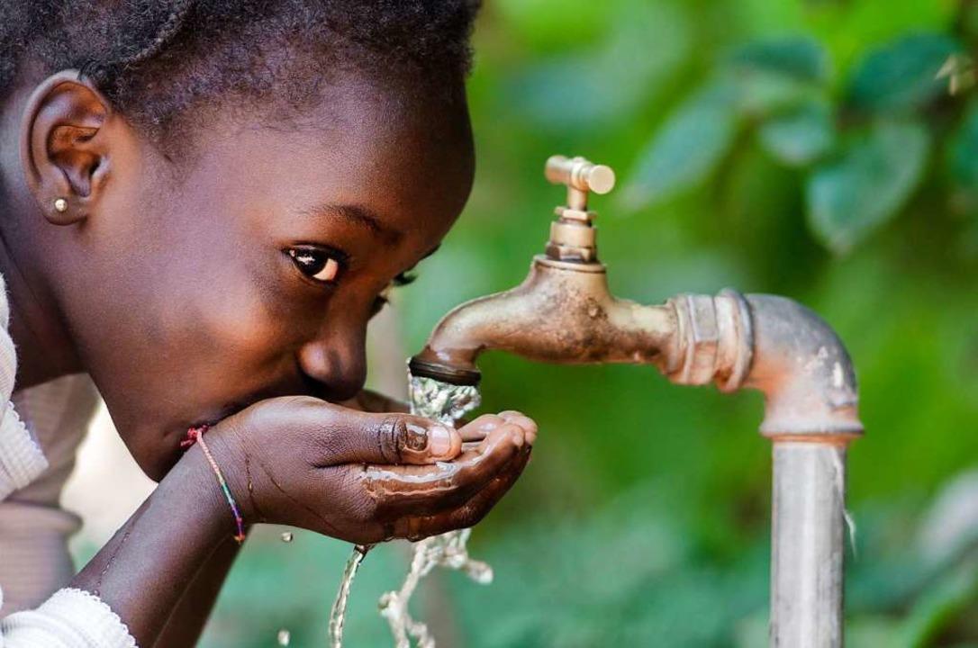 Eine funktionierende Wasserversorgung ... größten Herausforderungen in Afrika.   | Foto: Adobe.com