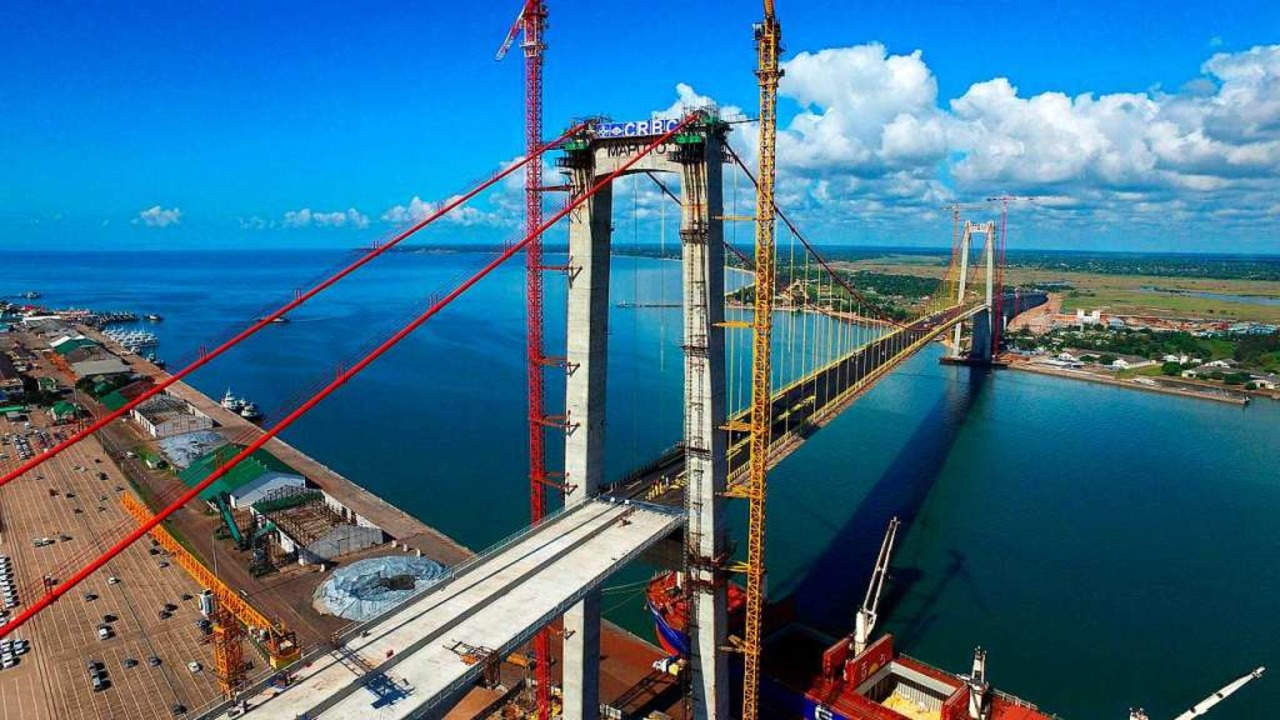 Mosambik, Maputo: Mit Mitteln aus Chin...und Europa, Afrika, und Lateinamerika.  | Foto: dpa