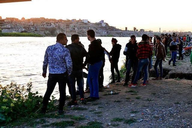 Fast hundert Tote bei Fährunglück im nordirakischen Mossul