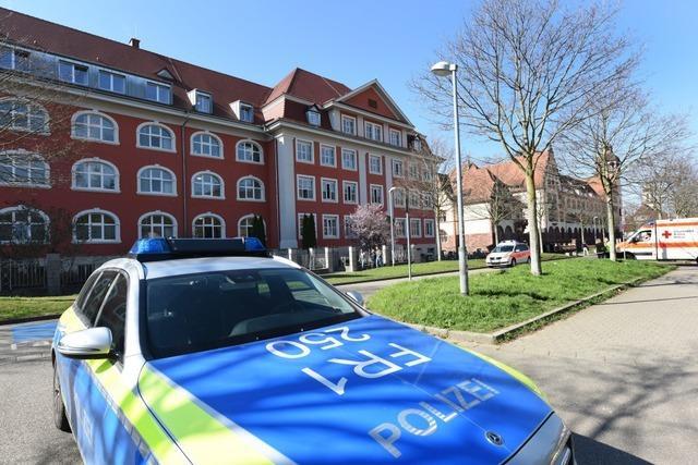 Emil-Thoma-Schulen in Freiburg wegen Reizgas evakuiert