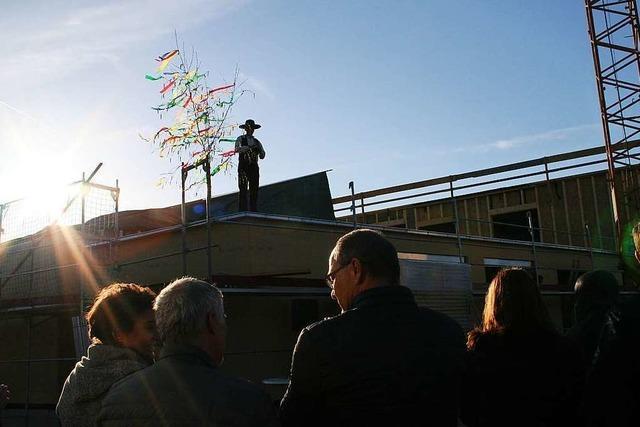 Liebenzeller Gemeinde feiert in Vörstetten Richtfest für ihr neues Gemeindehaus
