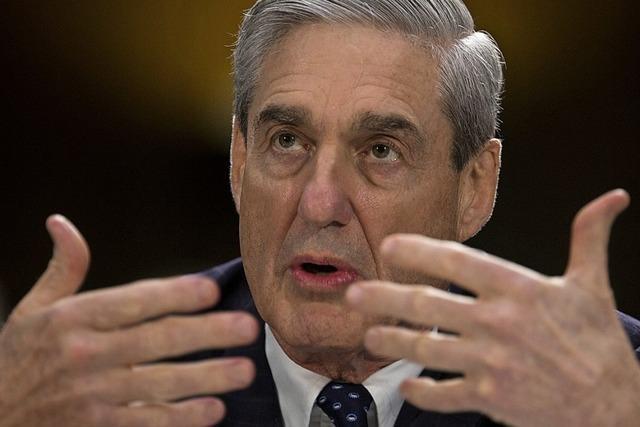 Mueller übergibt Bericht