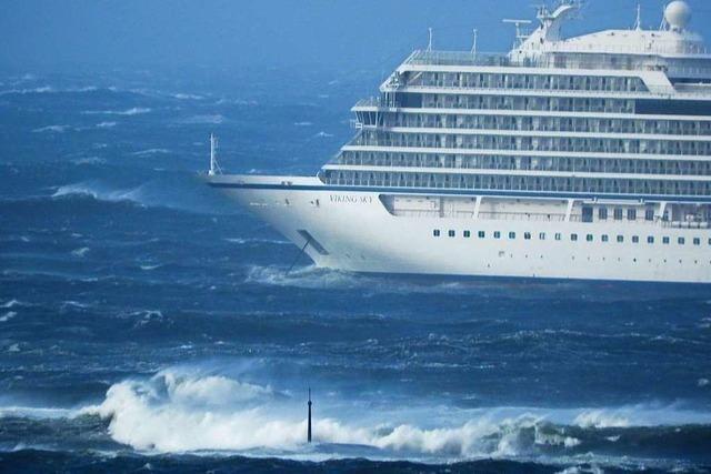 Kreuzfahrtschiff vor Norwegen in Seenot: Alle Passagiere müssen evakuiert werden
