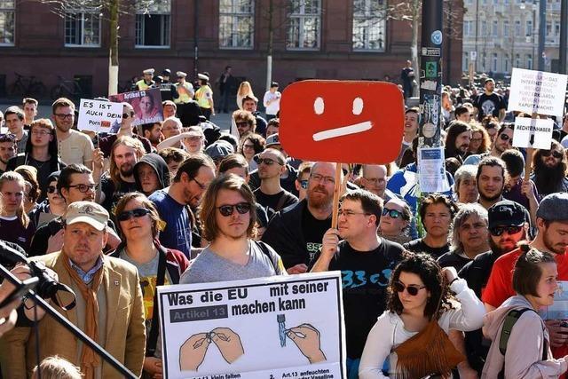 2500 Menschen demonstrieren in Freiburg gegen EU-Reform des Urheberrechts