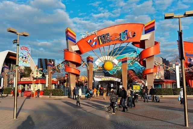 Falscher Alarm: Mehrere Verletzte nach Massenpanik im Disneyland Paris