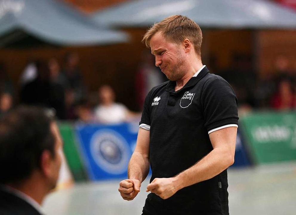 Angespannt: FT-Coach Jakob Schönhagen  | Foto: Patrick Seeger