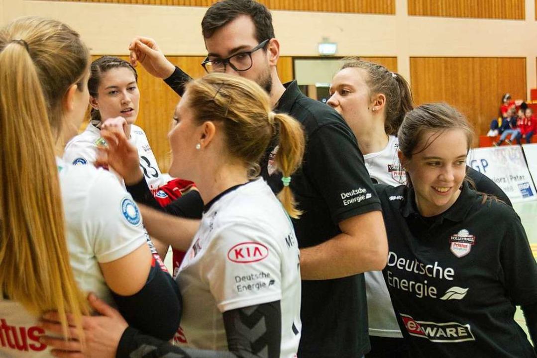 Rebekka Schneider bei der Mannschaft  | Foto: Sebastian Köhli
