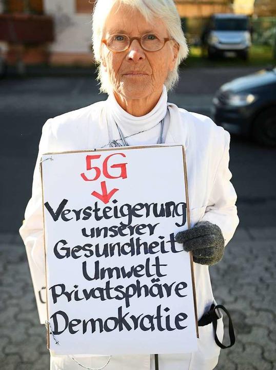 Aber es gibt auch Gegner des technolog...– wie die Ärztin Barbara Dohmen.  | Foto: dpa