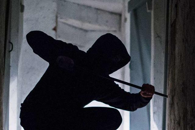 Bahlinger kommt nach Hause – und trifft Einbrecher im Treppenhaus