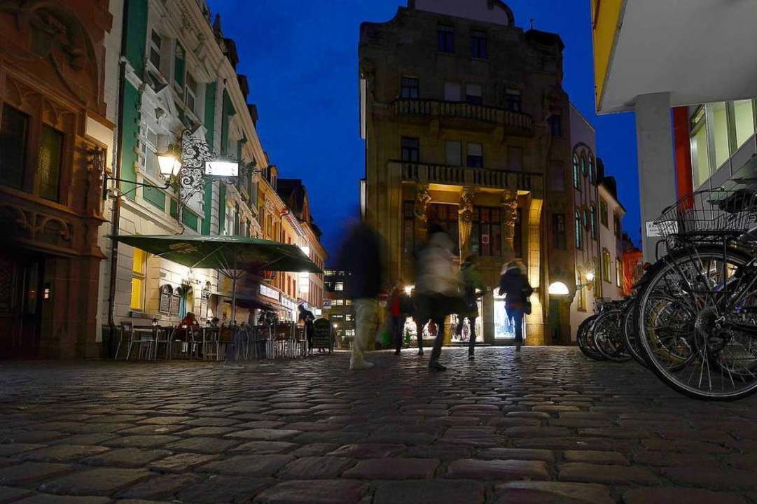 Die Gewaltkriminalität in der Altstadt...udadreieck – nimmt seit 2015 ab.  | Foto: Ingo Schneider