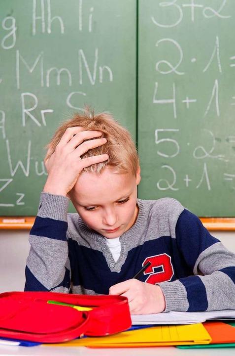 Wenn Schreiben, Lesen und Rechnen schwerfällt, ist oft spezielle Hilfe nötig.  | Foto: AdobeStock