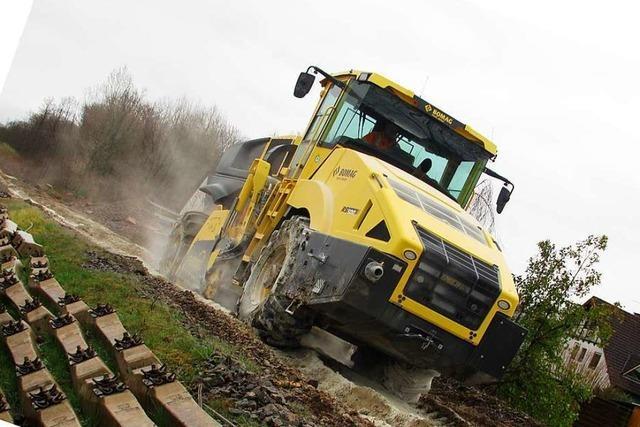 Kalk aus lokalem Abbau soll Breisacher Bahntrasse stabilisieren