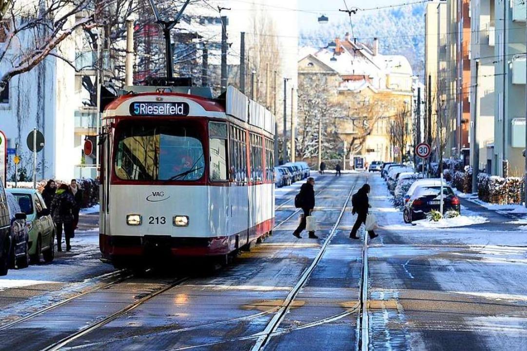 Bisher fuhr die Linie 5 im 7,5-Minute-...e 2 im Zehn-Minuten-Takt (Archivbild).  | Foto: Ingo Schneider