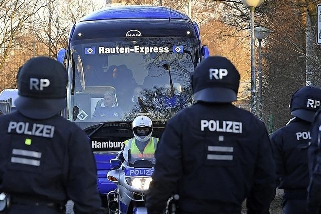 Wer bezahlt, wenn ordentlich Polizei aufmarschiert?