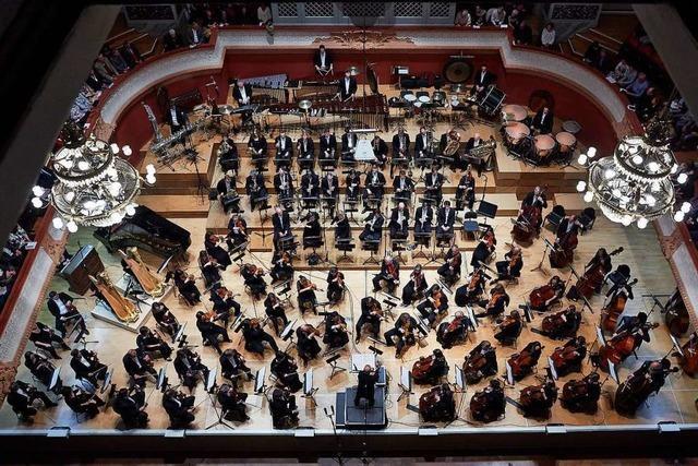 Kleinere Basler Orchester knapsen am Mindestlohnniveau