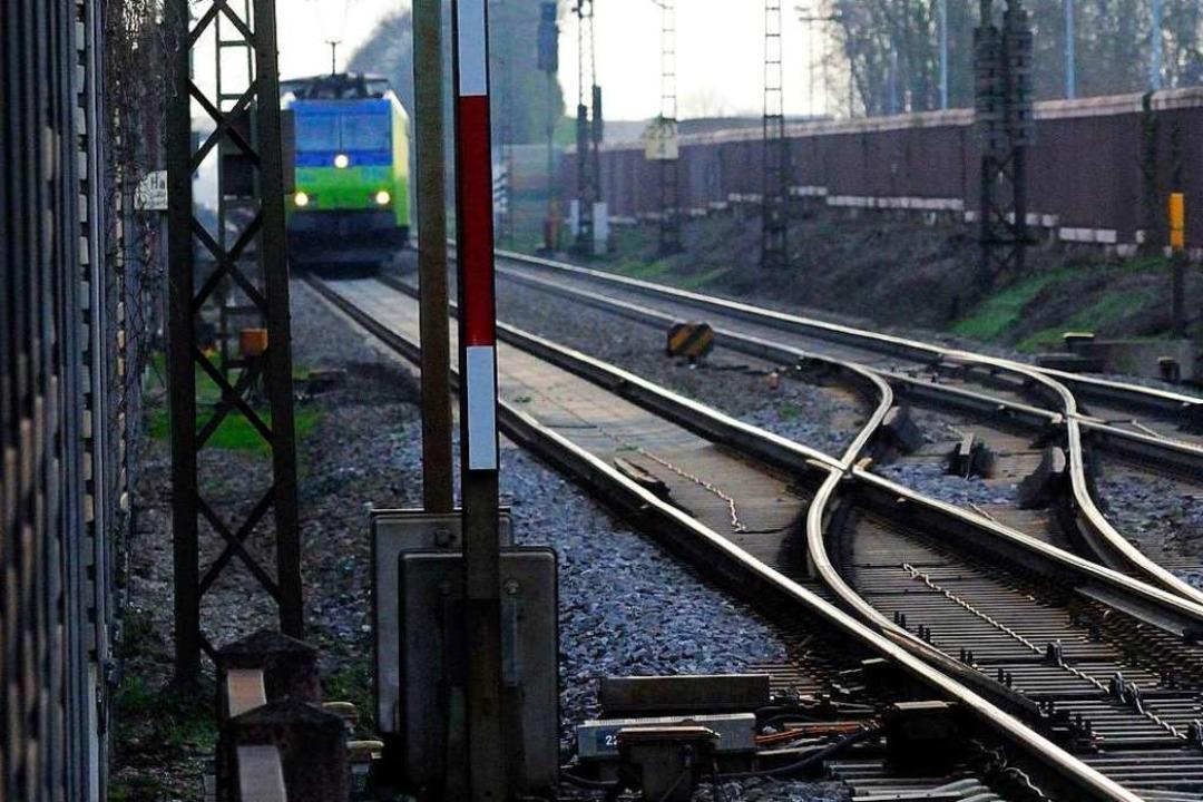Der Lärm an Bahnstrecken kann Menschen...n, sagt Frank H.M. Gross (Symbolbild).  | Foto: Siegfried Gollrad