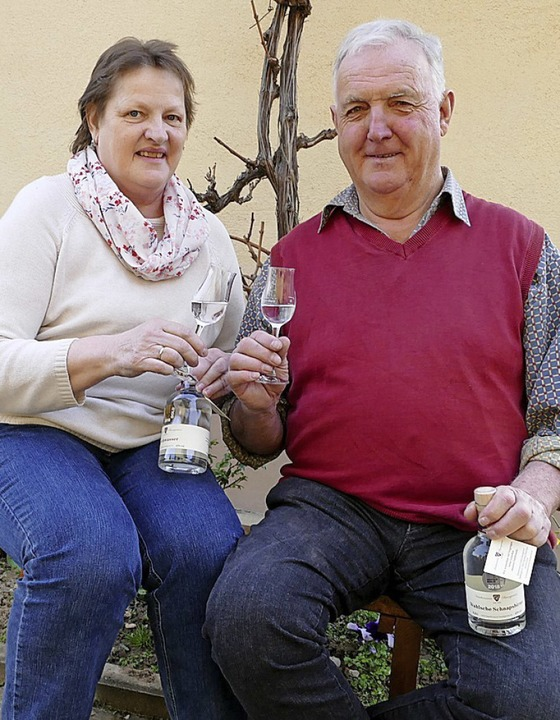 Anneliese und Fridolin Baumgartner freuen sich über zahlreiche Auszeichnungen.  | Foto: Gerold Zink