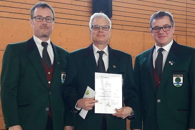 Erich Schwär gehört seit 50 Jahren zum Eschbacher Blasorchester