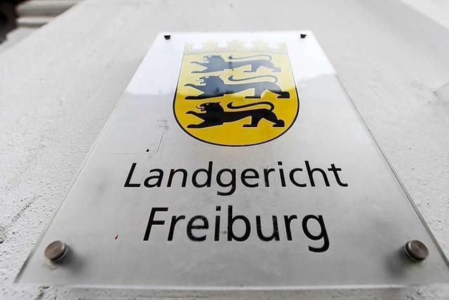 Prozess in Freiburg: 43-Jähriger soll Ex-Freundin vergewaltigt haben