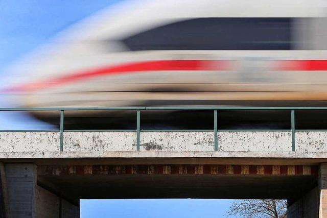 Anschläge auf Bahnstrecken: Minister spricht von Terrorzelle