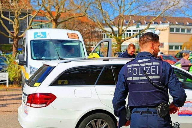 Offenburger Polizei nimmt bei Großkontrollen Taxigewerbe ins Visier
