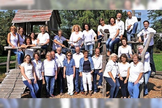 Chor Pop Chor'n mit Instrumentalisten und Moderation in Hinterzarten