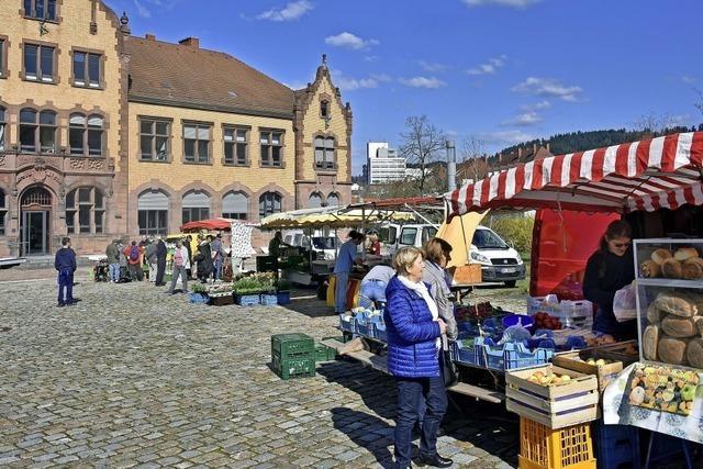 Markt am Zollhallenplatz