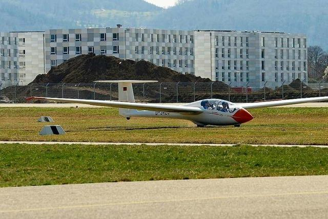 Die Graslandebahn auf dem Freiburger Flugplatz ist eröffnet