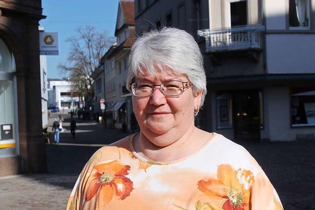 Diese Sekretärin hat 30 Jahre an der gleichen Schule gearbeitet
