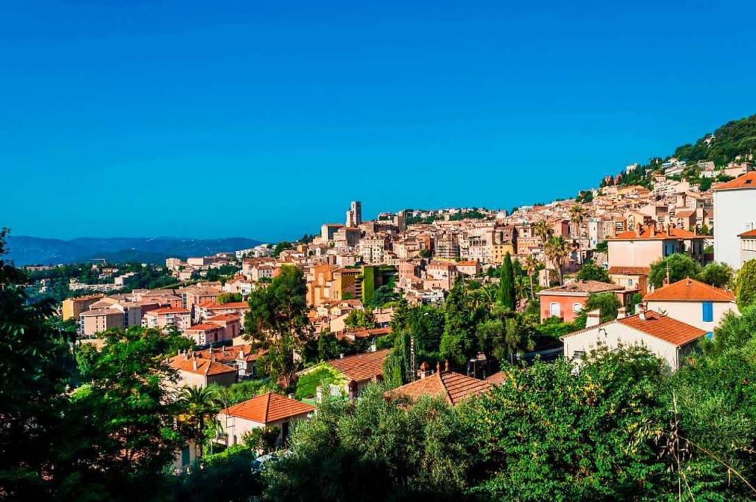 Die 50.000-Einwohnerstadt Grasse (Arch...211; sofern eine Genehmigung vorliegt.  | Foto: Bernard Girardin (Stock.adobe.com)