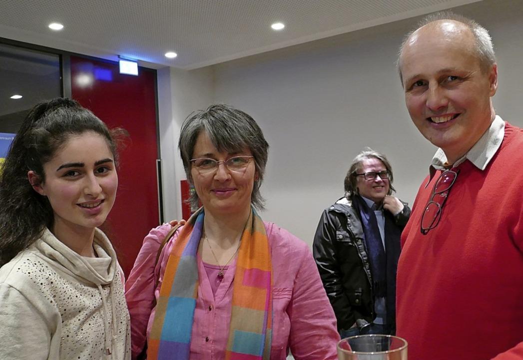 Armin Bobsien (rechts) mit Océane Deli...nd Aurelia Delin (Parents for Future)   | Foto: Martina David-Wenk