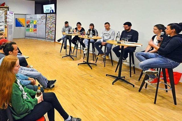 Podiumsdiskussion in Freiburg beschäftigte sich mit Sexismus und Fußball