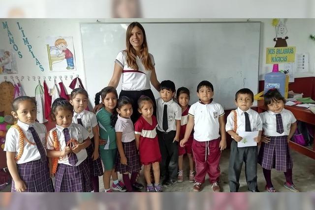 18-Jährige gibt Englisch in Peru