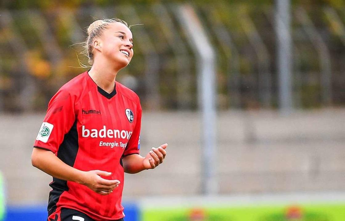 SC-Spielerin Giulia Gwinn freut sich über den Einzug ins Pokalfinale.    | Foto: Seeger