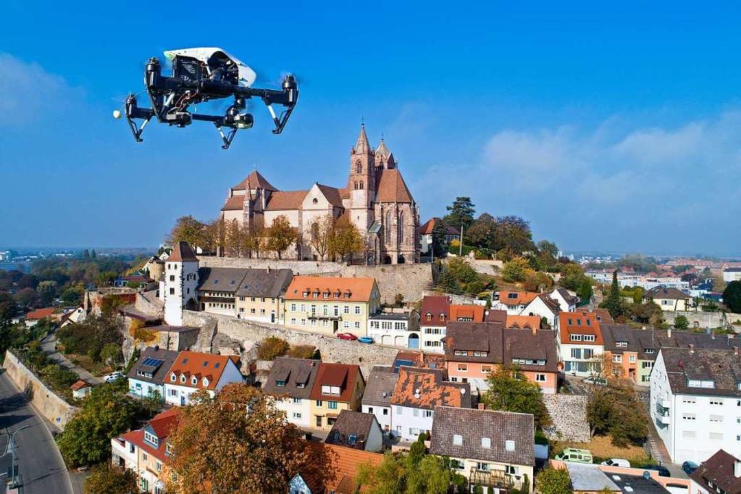 Testflüge der Drohnen über der Münster...adtverwaltung überzeugende Ergebnisse.  | Foto: Matthias Weniger