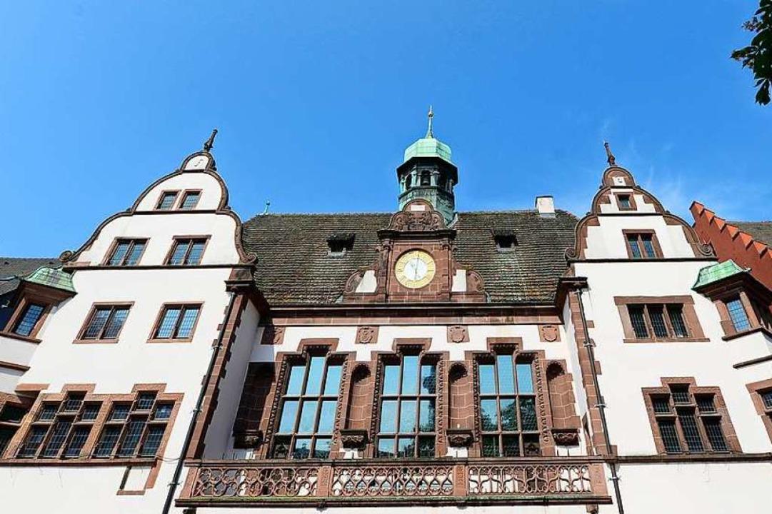 48 Mandate im Freiburger Ratssaal sind...geben bei der Kommunalwahl am 26. Mai.  | Foto: Ingo Schneider