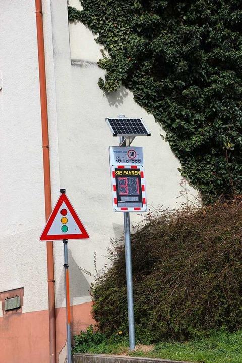 Für Lkw soll in der Bötzinger Bergstraße freiwillig Tempo 30 gelten.  | Foto: Mario Schöneberg