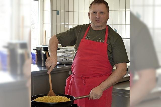 Chef im Speisewagen des
